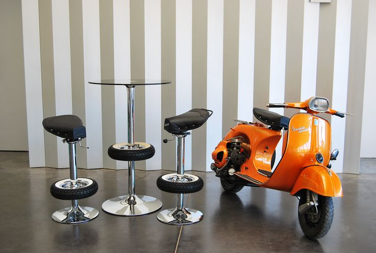 Vespa SPRINT+ Vintage stool bar