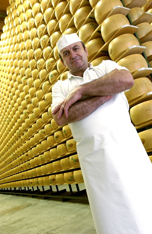 The best Cheese Master of the history, Mr Walter Paolini. Photo courtesy of Pippo Onorati