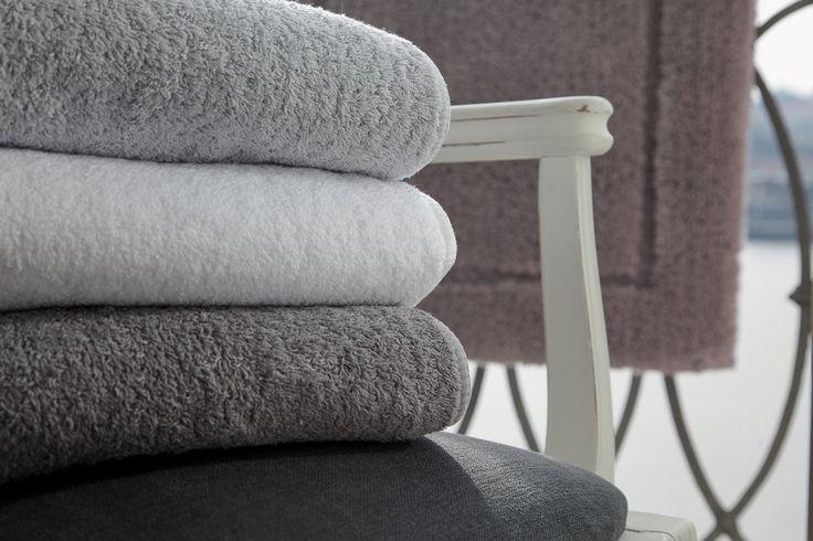 олотенца Long Double Loop от Graccioza, Португалия.  Материал: 100% египетский хлопок Плотность: 700 гр.кв.м. Высота махры: 7 мм.  Полотенца очень мягкие, отлично впитывают влагу. Долговечные и износостойкие.  #luxurytowels #towels #махровыеполотенца #graccioza