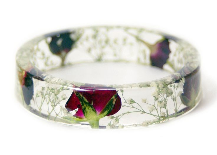 In love with these handmade resin bangles embedded with flowers, plants, leaves, shells, moss and bark. Red Rose Resin Bracelet