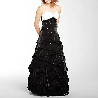 1000 Images About Juniors Formal Dresses On Pinterest