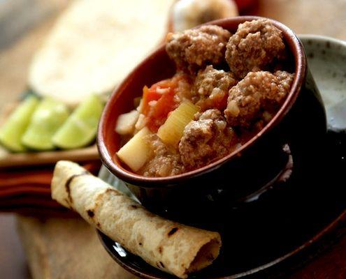Albondigas - Spanish meatballs ~ SPANISH TAPAS RECIPES
