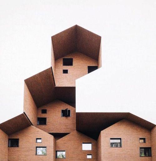 Architectuurfotos van de in Berlijn studerende Koreaanse student Anh Nguyen (of is het nou Ahn Yeong?) ook te volgen op instagram.