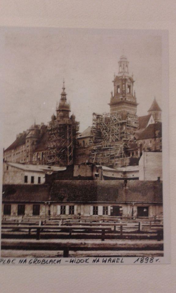 Plac Na Groblach - widok na Wawel 1898