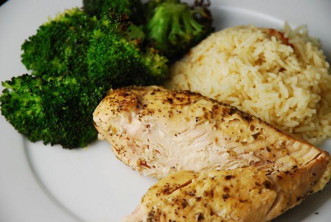 Lemon Garlic Slow Cooker Chicken Recipe – 3 Points per serving -- makes 6 servings