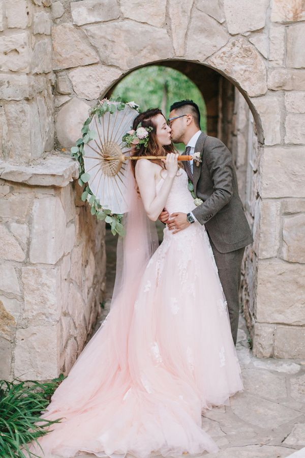blush pink wedding dress | fabmood.com
