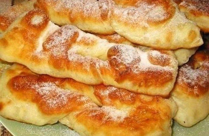 Smažené kefírové bochánky | NejRecept.cz                                       Velmi jednoduché a chutné. Těsto z kyselého mléka je velmi křehoučké a nadýchané.