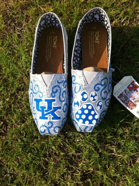 LOVE these UK Toms!