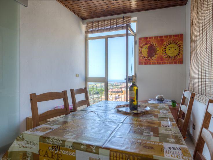Urlaub in Sizilien mal anders - fernab vonStress und Hektik. Genießen Sie die Ruhe und die Annehmlichkeiten eines kleinen, sizilianischen Dorfes.