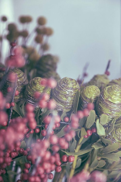 love flowers these from #BLUMENSTUDIO picts by Jo fr soshallwork.com