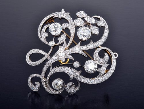 A stunning Edwardian diamond brooch by American jeweler Dreicer & Co.