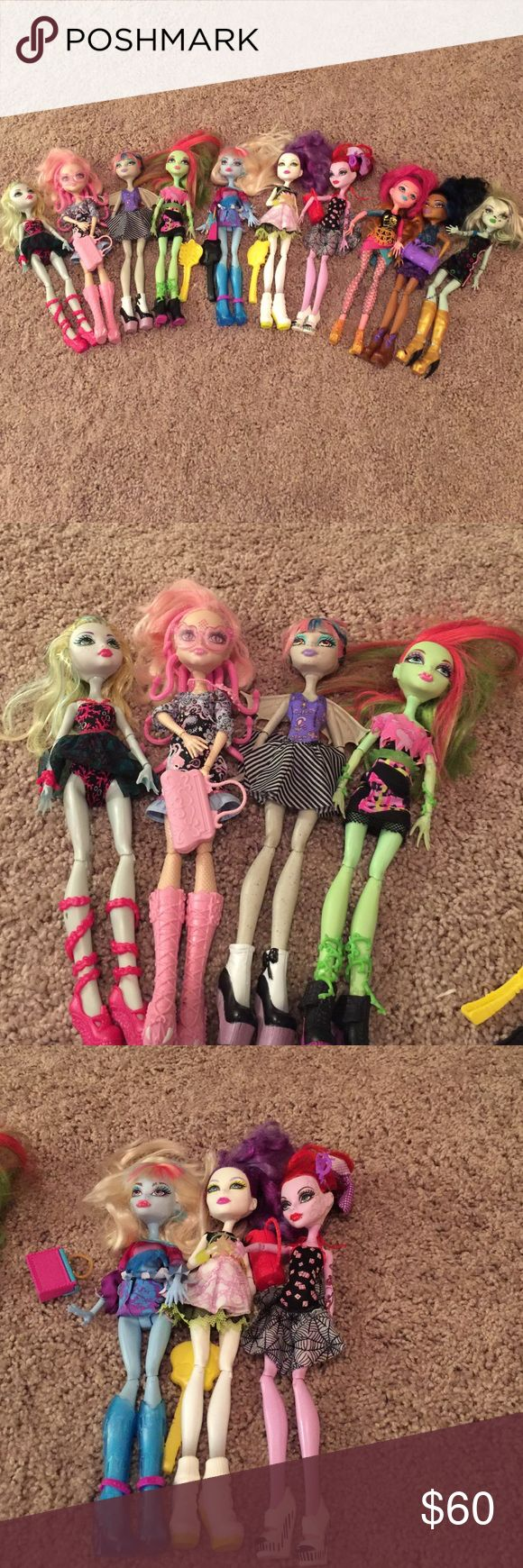 Monster High Dolls x 10 All 10 Monster High Dolls for Sale only $60 for all of them!! WOWZERS will sell separately for $8.00 each please leave a comment if you have any questions!! monster high Accessories