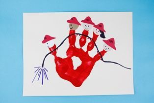 Firefighter Handprint – Crafts | Crafts for Kids