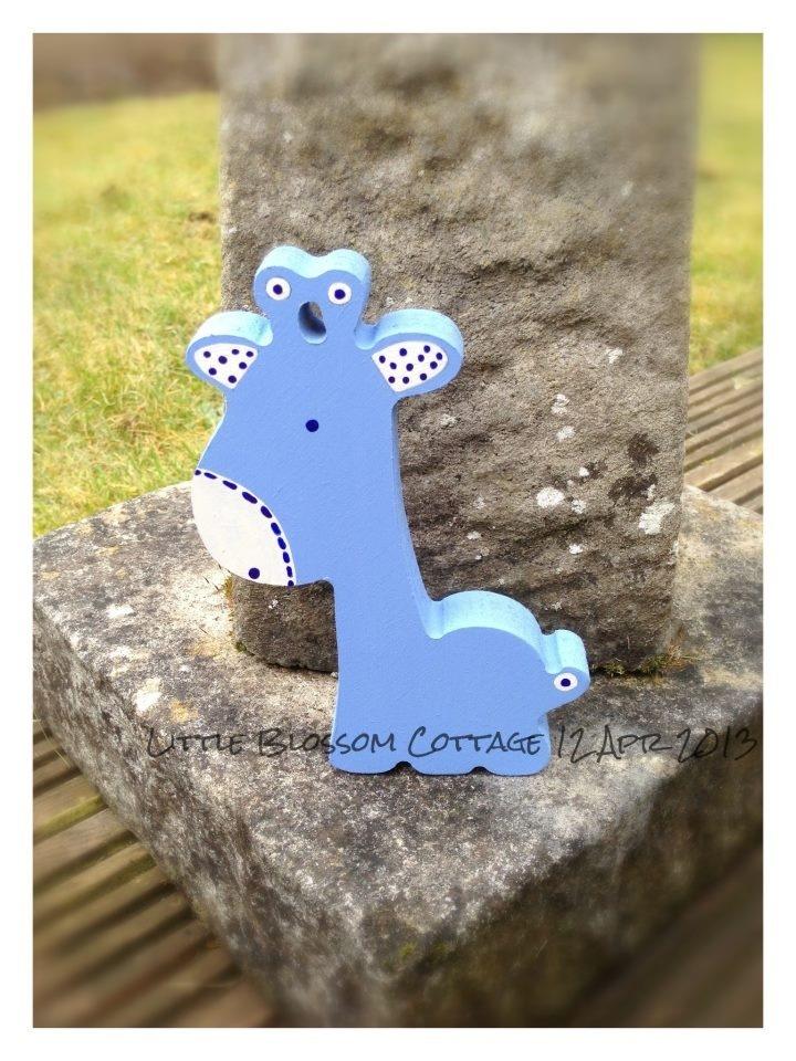Freestanding Wooden Giraffe - The Supermums Craft Fair