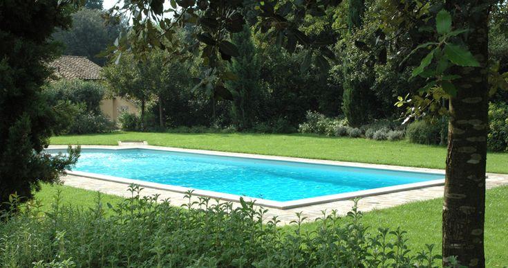 Un'oasi di pace a pochi minuti dal centro di Perugia, con piscina, sauna e palestra. An oasis of peace just a few minutes from the center of Perugia, with swimming pool, sauna and gym. http://www.montecorneo.com/