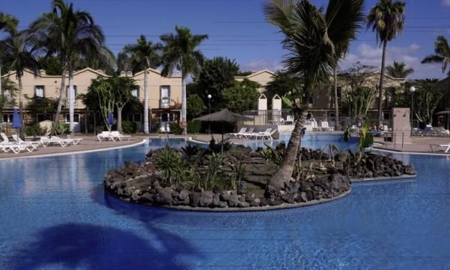 Finde die besten Angebote:  Z.B.: Club Green Oasis Maspalomas  bit.ly/2rcTYRN (scheduled via http://www.tailwindapp.com?utm_source=pinterest&utm_medium=twpin&utm_content=post177745725&utm_campaign=scheduler_attribution)