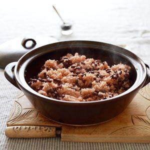 レシピ付*「土鍋でふっくらお赤飯」 キナルのブログ ドゥーブで炊いたご飯やお赤飯が余ったら早めにラップで包む(もしくはジップロックにいれて)冷凍保存しましょう。 食べたい時に電子レンジで温めれば、またおいしい ...