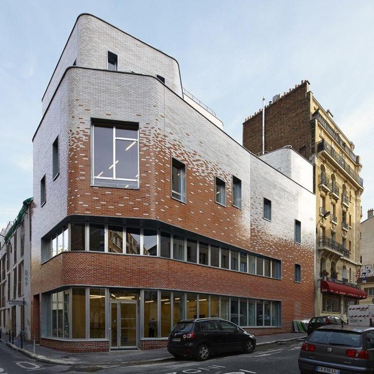 Architecture + Brick   The Shifting Facade of Dumont Legrand's Community Centre