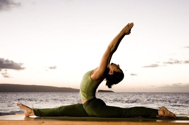 Le yoga n'est pas qu'une technique de relaxation, certaines postures ont besoin que l'on «résiste» avec ses pieds dans le sol pour être bien exécutées.
