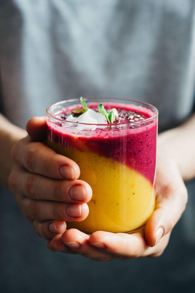 Master immunity-boosting smoothie to fight flu and cold, 2 layers - mango, persimmon, coconut/beet, berries, pomegranate | TheAwesomeGreen.com