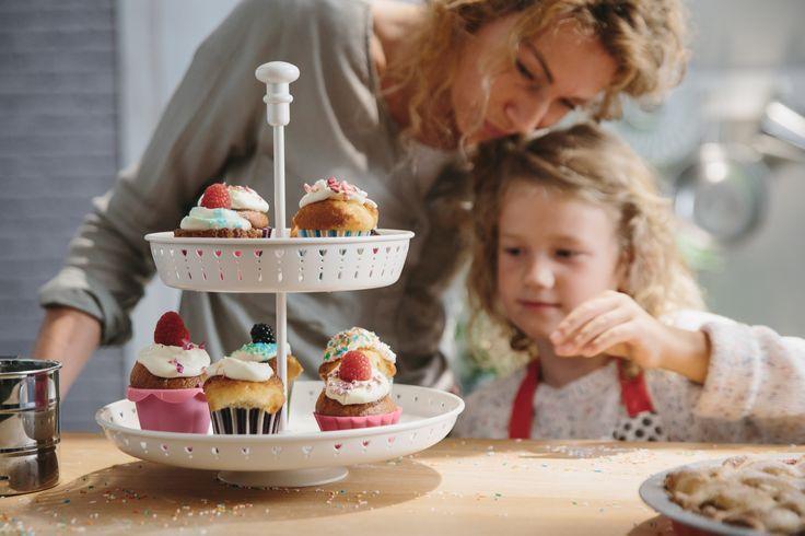 GARNERA etagère | #IKEA #IKEAnl #inspiratie #keuken #bakken #kids #kinderen #taart #cupcakes #decoratie #decoreren #etagere