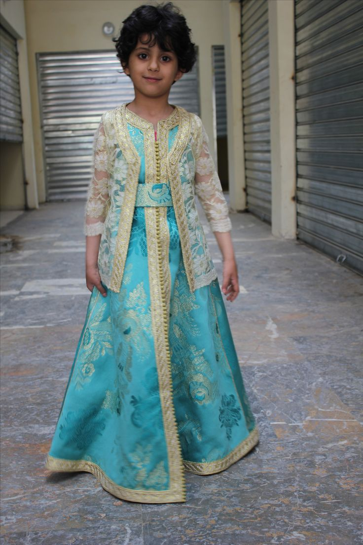 caftan maroccain pour fillette prix 40$