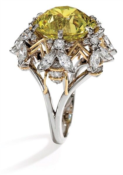 Bee-motif ring by Jean Schlumberger.