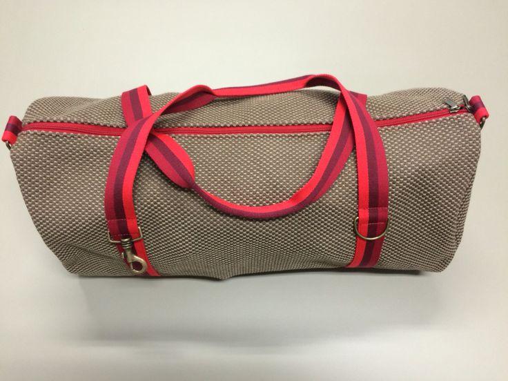 mod.1 - brown bag - light red/dare red/burgundy stripes