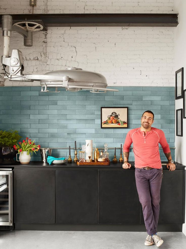 On HGTV Anthony Carrino proves he can make any tired space vibrant again. HGTV Magazine found out what happens when he works that same magic in his own home.