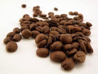 Jak za pomocą kawy sprawić, że włosy staną  się bardziej zdrowe i lśniące?