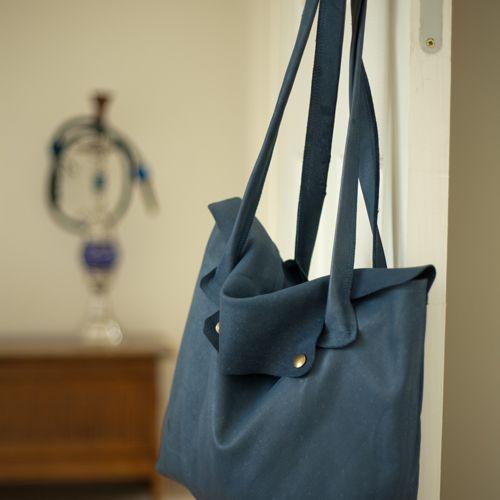 Blauwe handtas | www.foxandcrow.nl