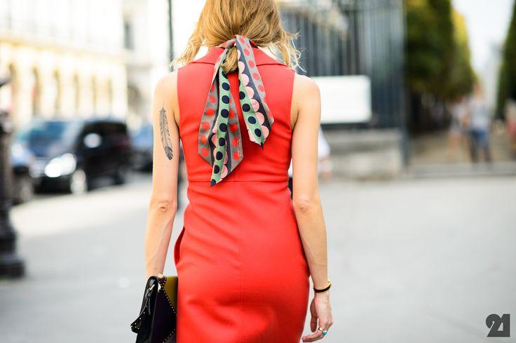ugh she is so cool. #VeronikaHeilbrunner in Paris.