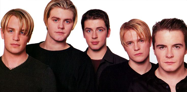 Westlife Live Kicking Magazine June 2000 (5)