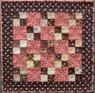 The Humble Stitcher: Doll Quilts Four Patch
