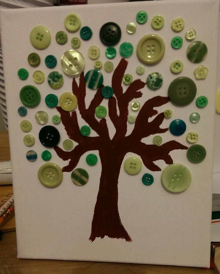 Small button tree