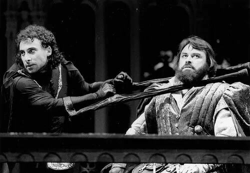 """1983 - Antony Sher as Richard and Brian Blessed as Hastings from """"Richard III"""""""