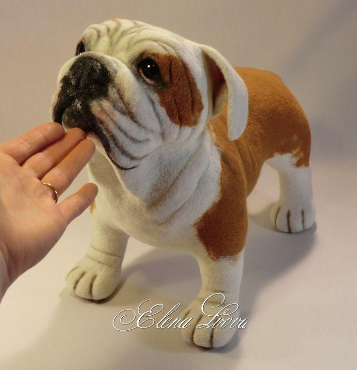 Скульптура из шерсти собаки породы английский бульдог. Авторская ручная работа.