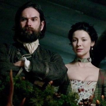 """Duncan  LaCroix and Caitriona Balfe in Outlander on Starz   Episode 104 """"The Gathering"""" via http://www.springfieldspringfield.co.uk/view-screencaps.php?tv-show=outlander-2014&episode=s01e04"""