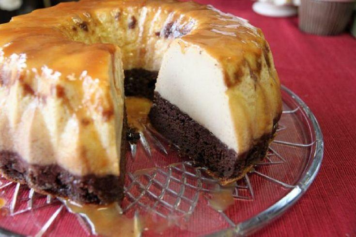 Kuglóf formába öntötte a grízt, ennél ínycsiklandóbb és puhább sütit még nem evett a család!