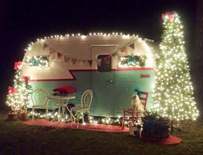 1248 best christmas images on pinterest christmas crafts for Airstream christmas decoration