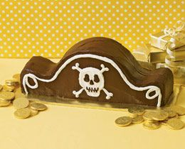 Pirate Hat Cake: Birthday Parties, Hats Cakes, Pirates Birthday, Pirates Parties, Parties Ideas, Pirates Hats, Has Cake, Pirates Cakes, Birthday Cakes