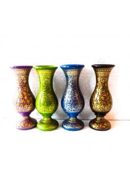 Add a touch of charm to your home decor with these multicoloured flower vases #flowervaseonline #classyflowervase #homedecor #onlinehomedecoritems #homefurnishing #onlineflowervase Buy now-  https://trendybharat.com/papermache-multicolor-flower-vase-cia-38?search=handicraft%20items&page=2