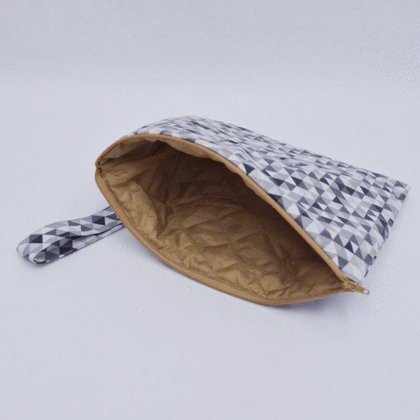 Tablet Pouch in Waterproof Triangle Print – Akira Mushi