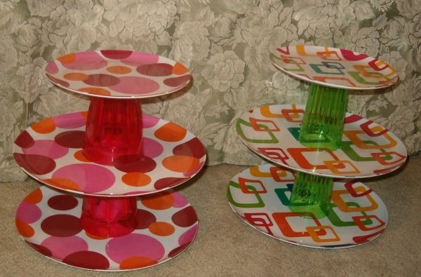 Dollar store plates or platters and cups. Glue them together and you have a cupcake stand for $5!!!!
