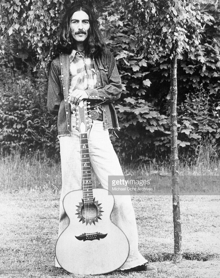 George Harrison, Friar Park, 1974, photo © Michael Ochs Archives/Getty Images.