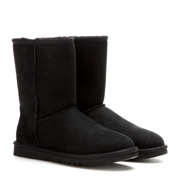 UGG Australia Classic Short Boots ($235) ❤ liked on Polyvore featuring shoes, boots, ankle booties, botas, uggs, sapatos, black, bootie boots, black bootie and black booties