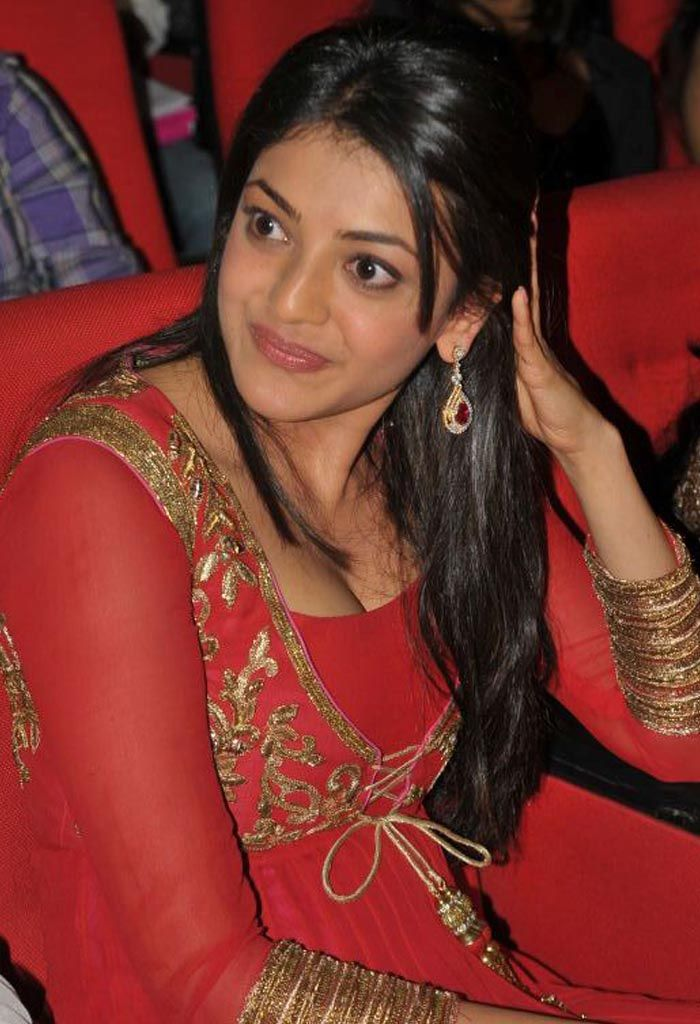 Kajal Agarwal Looks Hot & Spicy in Red