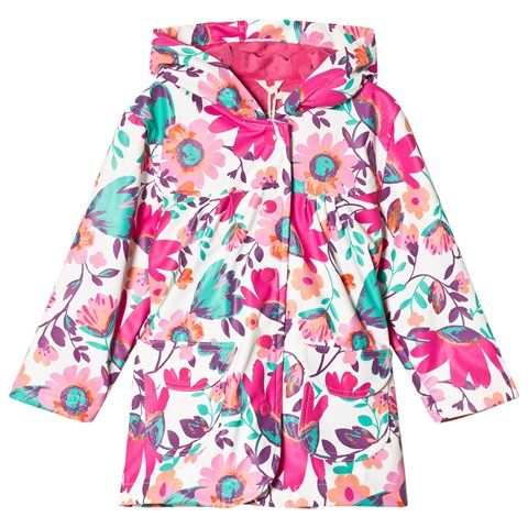 This Hatley Pink Tortuga Bay floral raincoat is designed with FUN flowers for spring to protect your child from rainy days in style with this smart raincoat.  This raincoat is both waterproof and PVC-free.