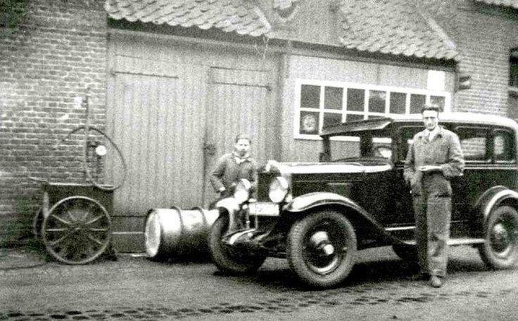 Asten,Piet Linden vroeger werkzaam bij garage van Eersel  Emmastraat, waar nu witgoed Bots is gevestigd.