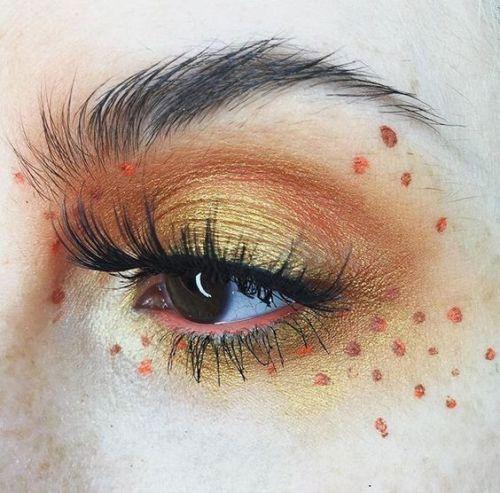 20+ Halloween Augen Make-up Ideen & Looks für Mädchen & Frauen 2019  #augen #f…